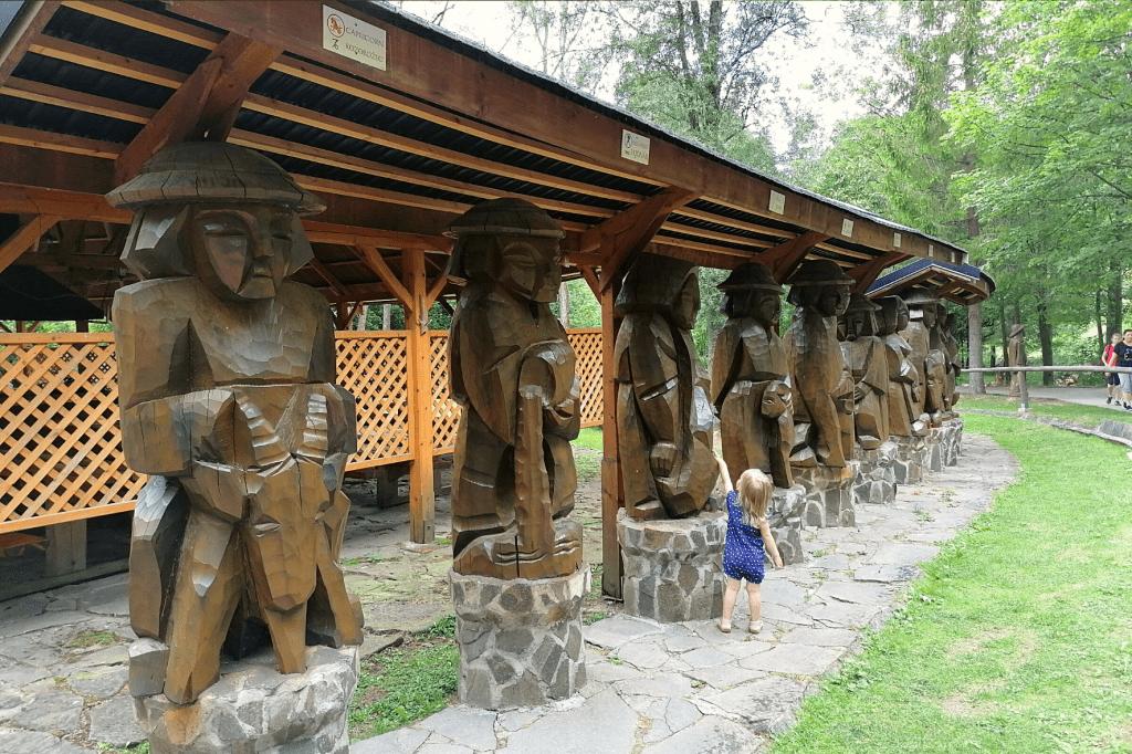 Lesnica sochy