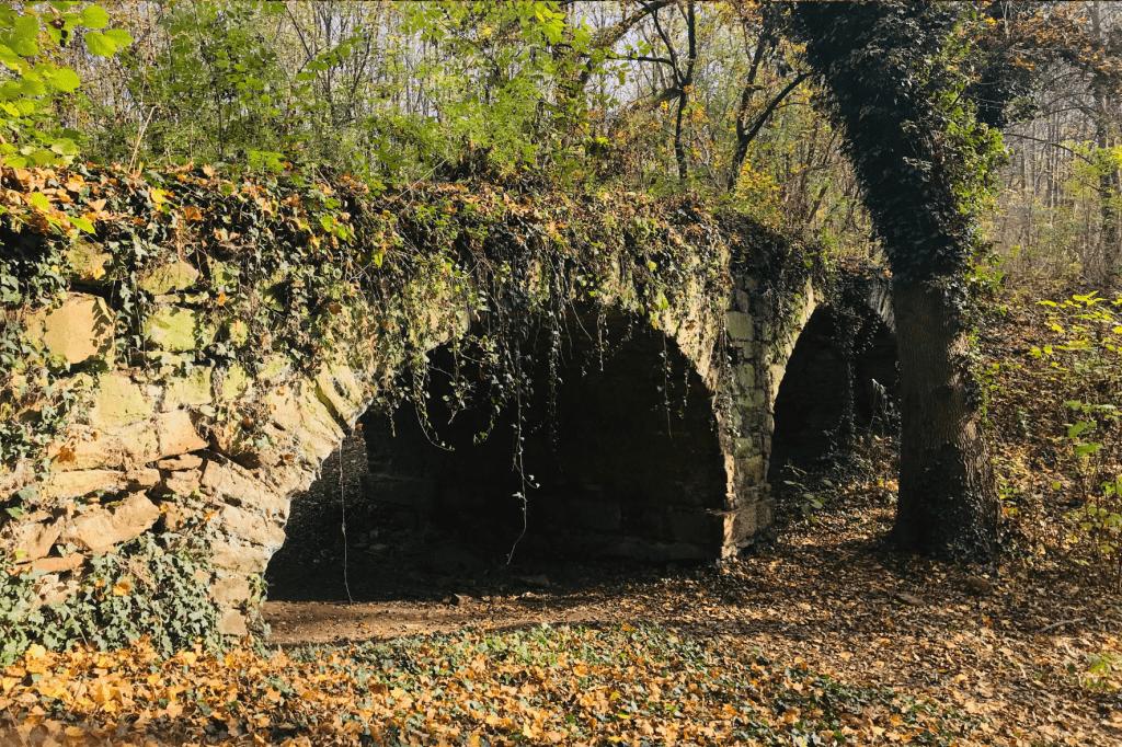 Jarovska Bazantica most